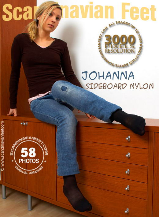 Johanna - `Sideboard Nylon` - for SCANDINAVIANFEET