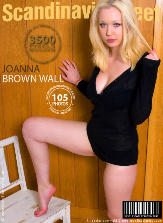 Joanna - `Brown Wall` - for SCANDINAVIANFEET