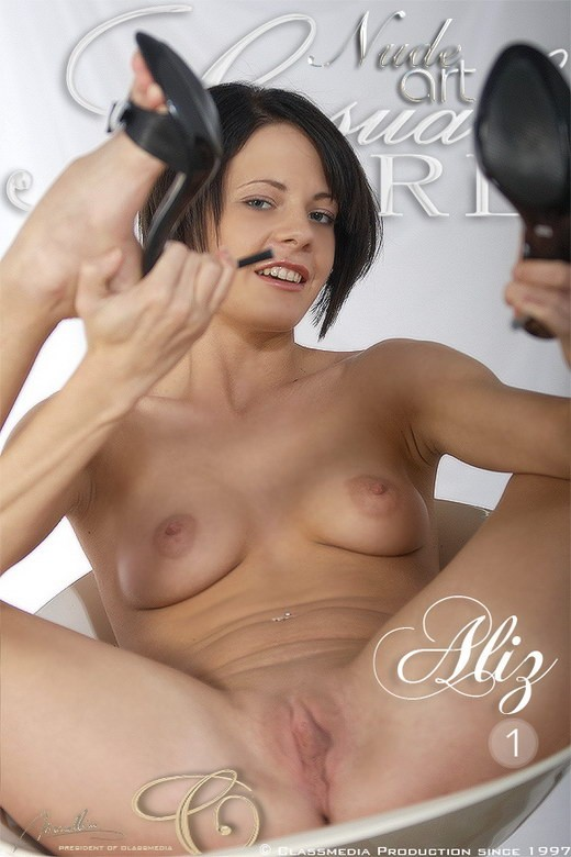 Aliz - `Set 01` - for SENSUALGIRL