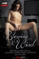 Sophie Lynx - Blowing In The Wind