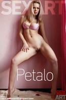 Lola A - Petalo