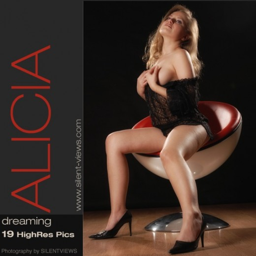 Alicia - `#387 - Dreaming` - for SILENTVIEWS2