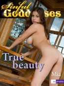 Mia - True Beauty