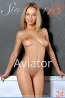 Delilah G - Aviator