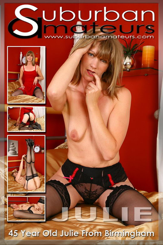 Julie - `Set 01` - by SimonD for SUBURBANAMATEURS
