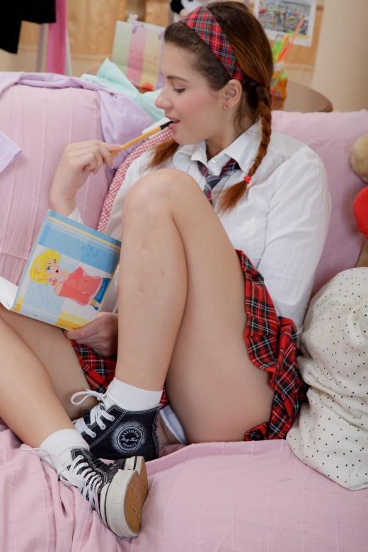 Koreli kız kardeşiyle ensest porno  HD Porno izle