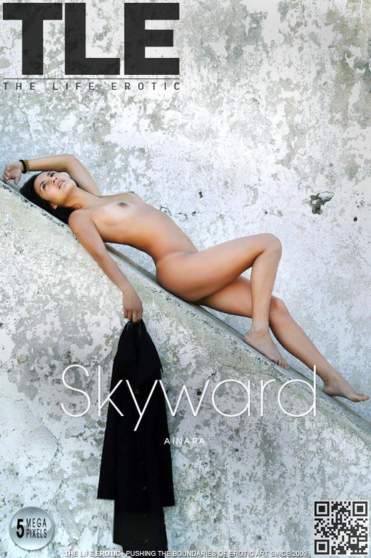 Ainara - `Skyward` - by Oliver Nation for THELIFEEROTIC