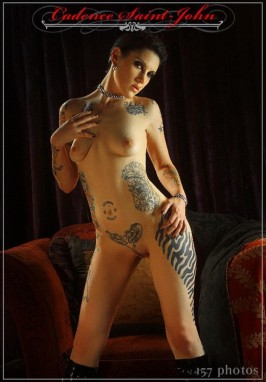 Nude punk pin up