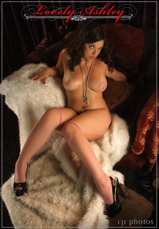 Lovely Ashley - `Set 1` - for THEREDCHAIR