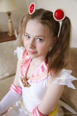 Alisa L  from TOKYODOLL
