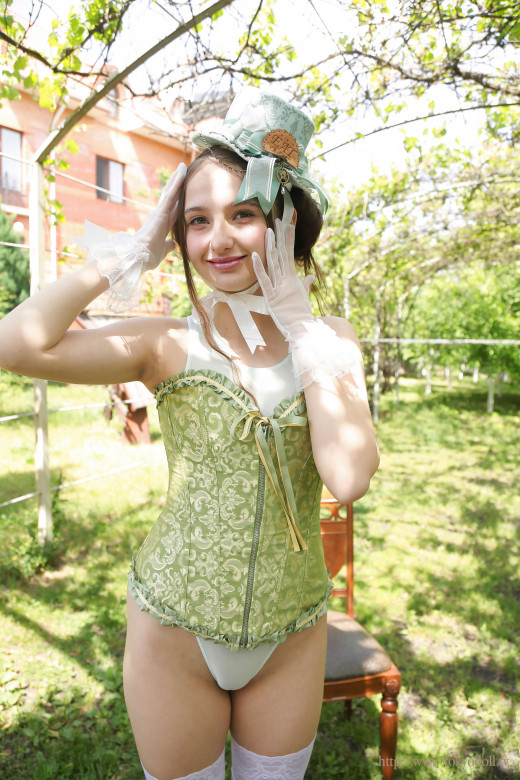 VIP_Kristina M 006A gallery from TOKYODOLL