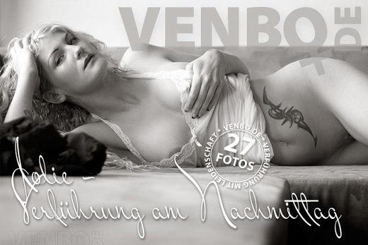 Jolie - `Verführung Am Nachmittag` - by Tom Hiller for VENBO