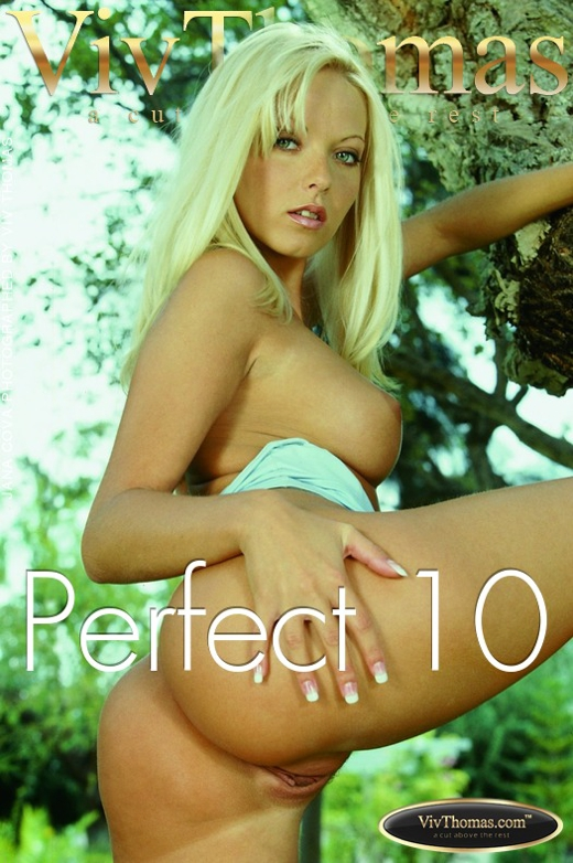 Jana Cova - `Perfect 10` - by Viv Thomas for VIVTHOMAS
