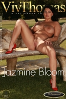 Jazmine Bloom