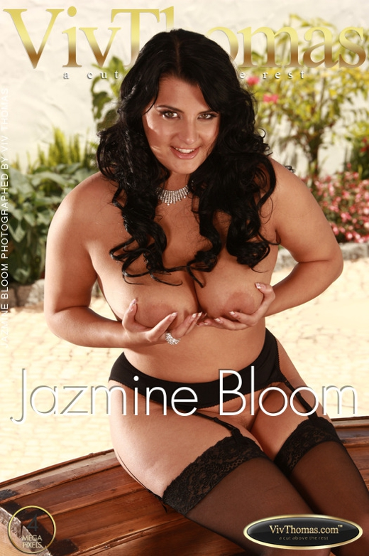 Jazmine Bloom - `Jazmine Bloom` - by Viv Thomas for VIVTHOMAS