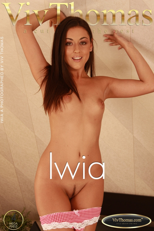 Iwia A - `Iwia` - by Viv Thomas for VIVTHOMAS