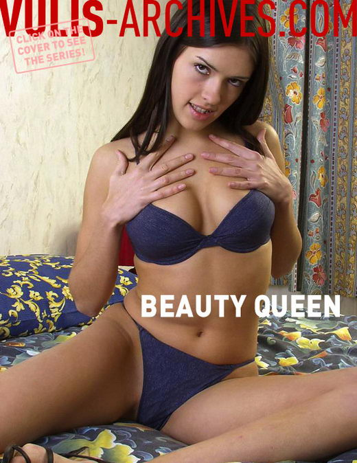`Beauty Queen` - by Ralf Vulis for VULIS-ARCHIVES