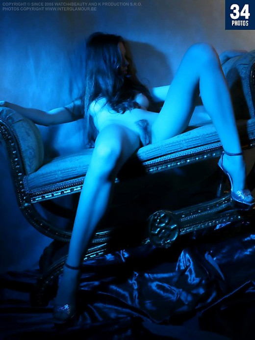 Unknown girl - `W4B Magazine - Blue Glamour` - by Mark for WATCH4BEAUTY