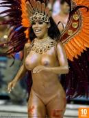 W4B Magazine - Rio Carnival