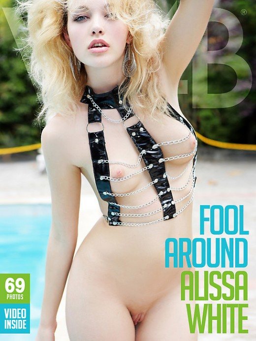 Alissa White - `Fool Around` - by Mark for WATCH4BEAUTY