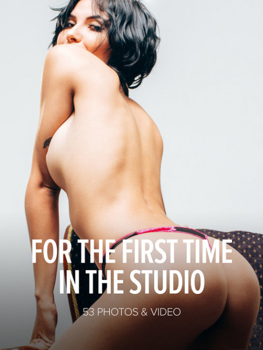 Natali Leon in For The First Time In The Studio gallery from WATCH4BEAUTY by Mark