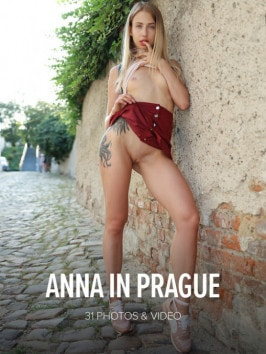 Anna Di  from WATCH4BEAUTY