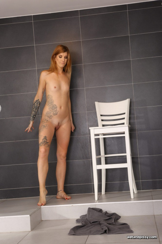 Barbara Sweet in The Piss Shower gallery from WETANDPISSY