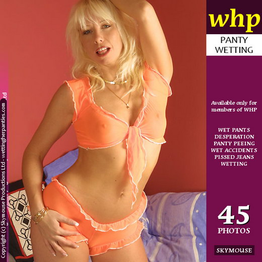 Sammy M in Long Desperation gallery from WETTINGHERPANTIES by Skymouse
