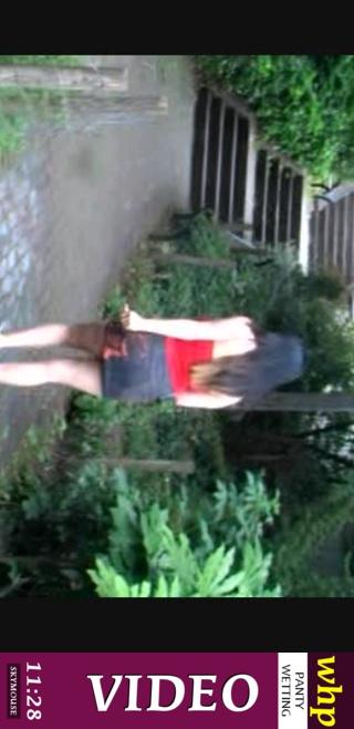 Koko Li - `Koko Li has a long desperate walk` - by Skymouse for WETTINGHERPANTIES