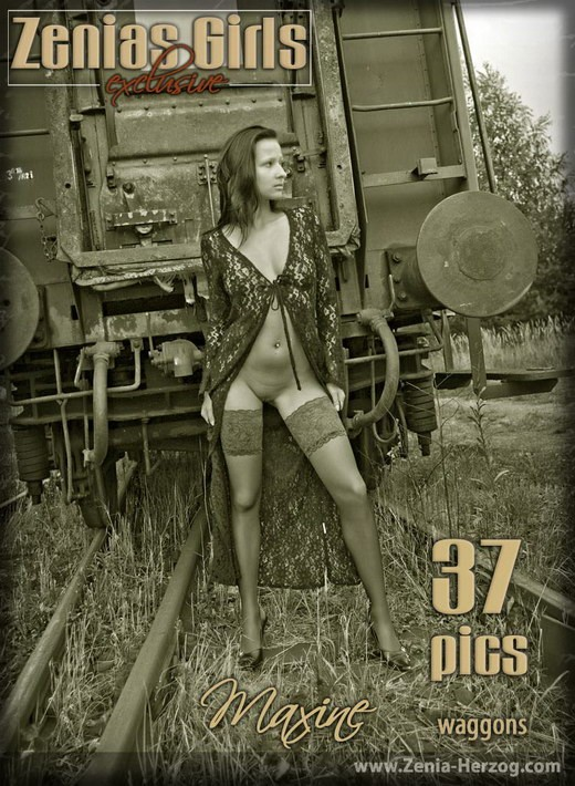 Maxine - `Waggons` - by Carlos Ridago for ZENIA-HERZOG
