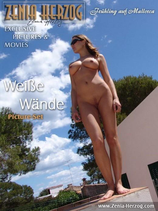 Zenia - `Weisse Wande` - by Carlos Ridago for ZENIA-HERZOG