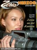 Zenia an der Kamera