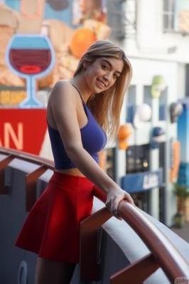 Isla Brown from ZISHY