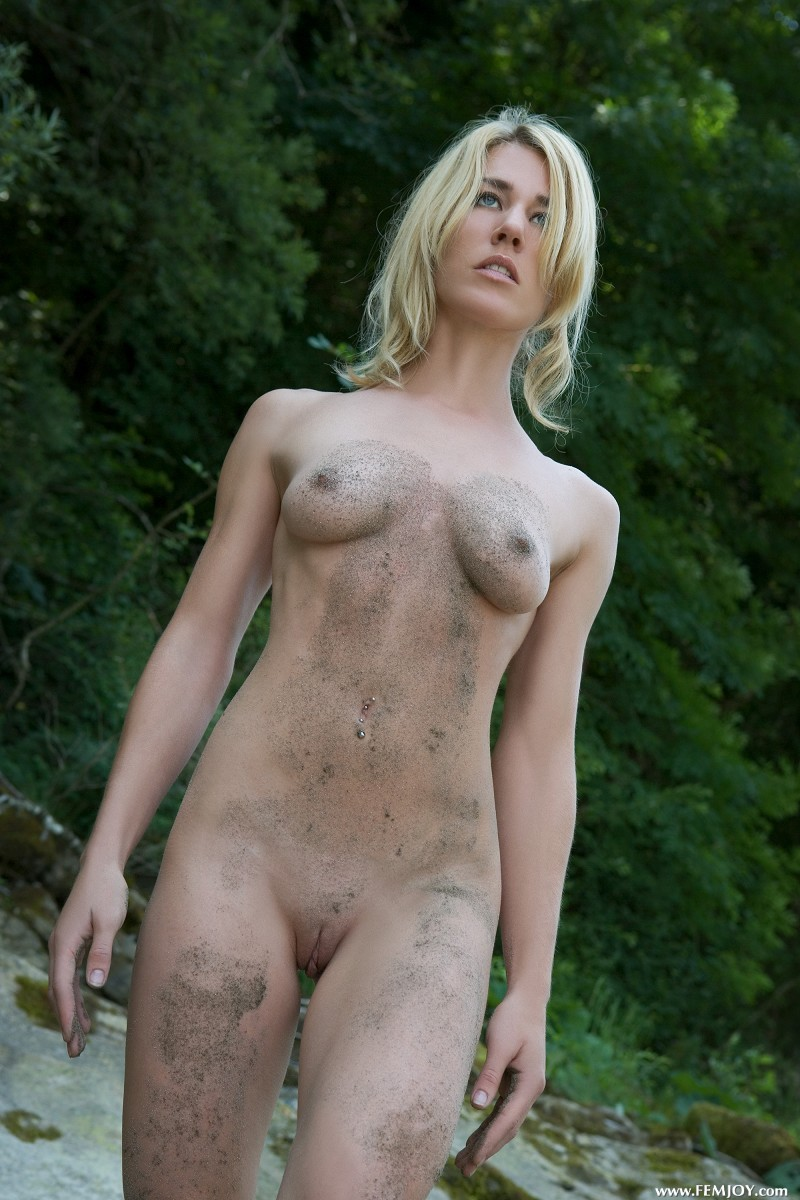 Naked Dirty Girls Nude