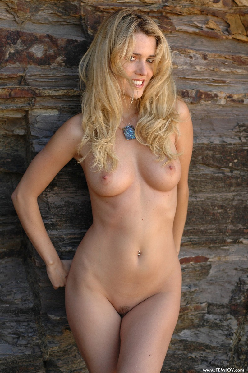 Cassidy In Aussie For Femjoy At Thenudeeu-5647