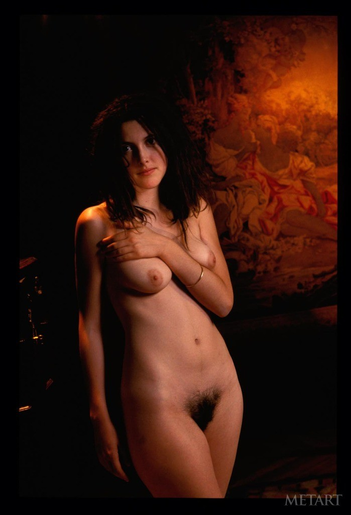 actress bikini pics