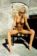 Danae in Naturalness gallery from ERROTICA-ARCHIVES by Erro - #14