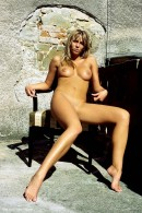 Danae in Naturalness gallery from ERROTICA-ARCHIVES by Erro - #5