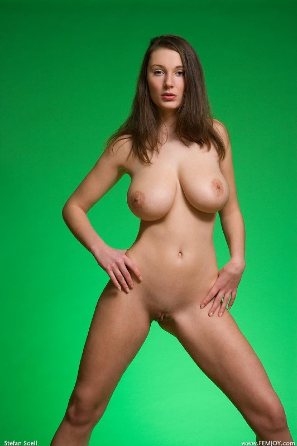 tall nude girl nature