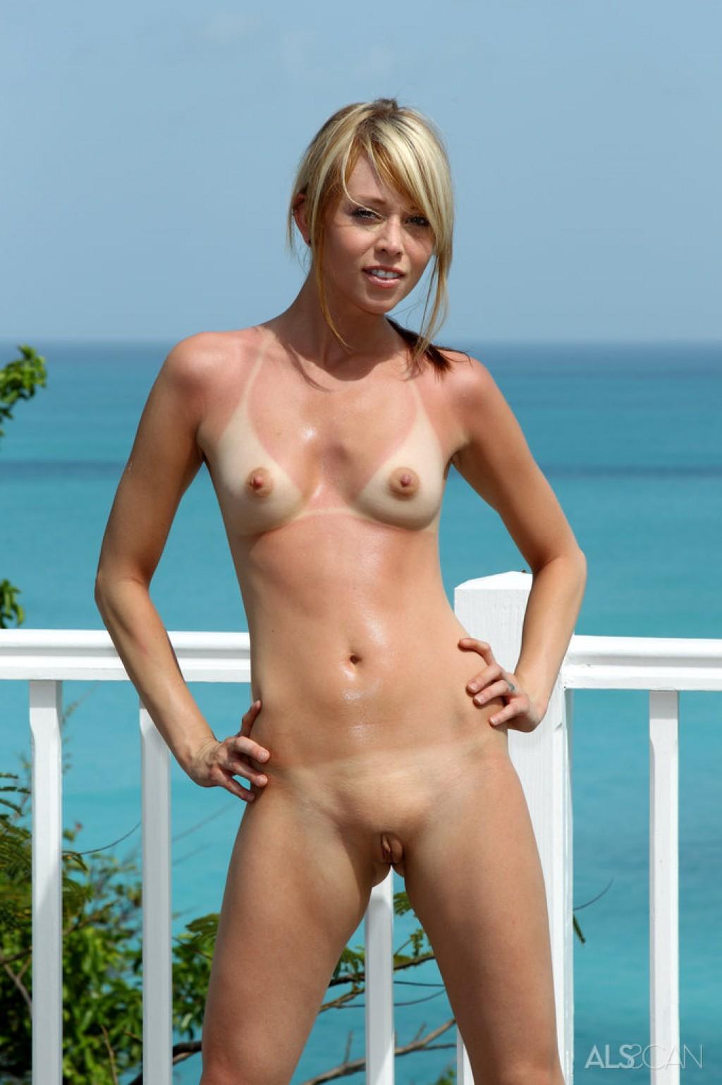 Xxx porno black girls nude