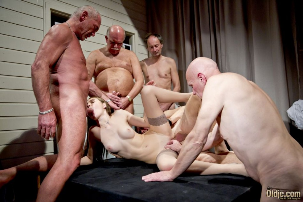 Brutal vaginal fisting gang bang-6568
