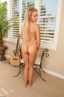 Tinslee Reagan in exotic and hairy gallery from ATKPETITES - #5