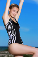 Elle in Beach Day With A Friend gallery from MPLSTUDIOS by Jey Mango - #2