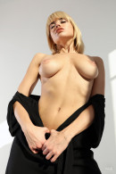 Casting Margot gallery from WATCH4BEAUTY by Mark - #1