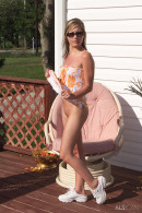 Nadia Taylor in Sundeck gallery from ALS SCAN by Als Photographer - #1