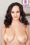 Amy Berton nude from Scoreland at expresstour-tlt.ru ICGID: AB-00KM1